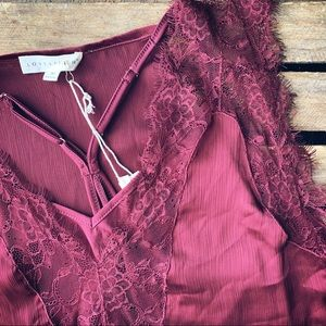 Beautiful Lace Detailed NWT Love Stitch Top